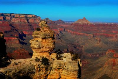 brosen 400x267 Grand Canyon Perimeter Facing Sprawl