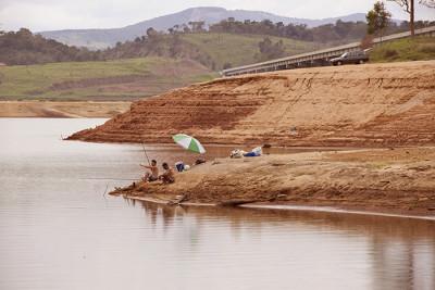 cantareira fishing 400x267 Brazils Big Dry Up