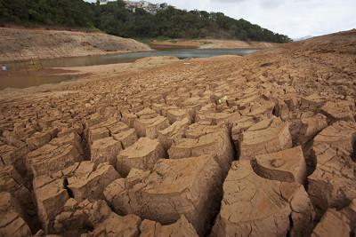 catareira drought 400x267 Brazils Big Dry Up